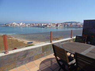 Apartamento (Atico) a pie de playa.