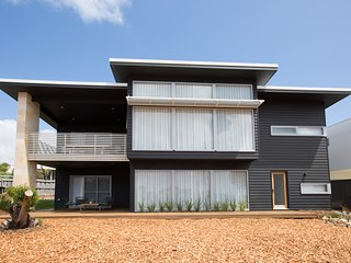 Lefties at The Bay - Gracetown- Margaret River - gorgeous new house by the beach