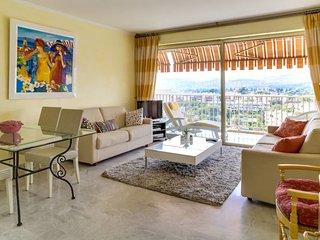 Appartement avec balcon et vue sur mer