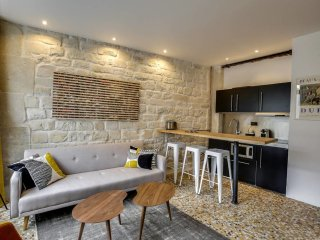 Cozy 1 br flat in the heart of Paris