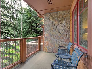 Ski-in 1 Bedroom Condo at Mountain Thunder Lodge! ~ RA164944