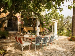 Authentic Masia up to 44 sleeps close to Sitges