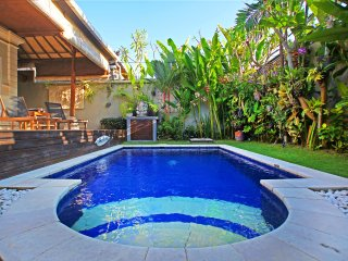 Villa Litan By Bali Villa Rus -PERFECT LOCATION & 30% off August 2017