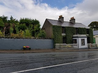Carney House Co Sligo Yeats' Country & Wild Atlantic Way