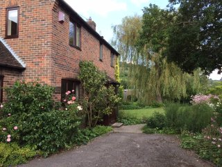 Cottage in Singleton within South Downs close to Goodwood, Chichester and coast