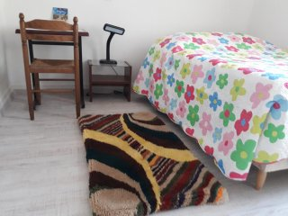 CHAMBRE BONAPARTE - Bedding &Towels, fan, Hair dryer, Dinning table & chairs
