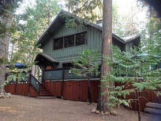 3 BR / 2 BA / Family Room; Sleeps 6-8.  Secluded!