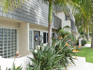 Cozy Solana Beach Townhouse - Close to Del Mar Race Track & Beaches