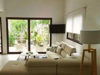 Tao A4 - Beautiful home close to the beach!