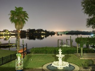 Spacious Waterfront Home - 4BR/4BA, sleeps 8, Pool, Private Dock, Pool Table
