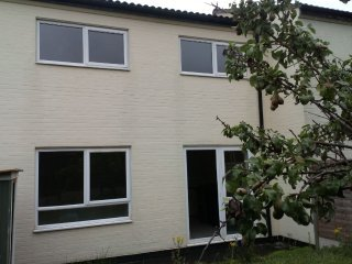 Telford Holiday Home | 3 Bedroom House | Newly Refurnished