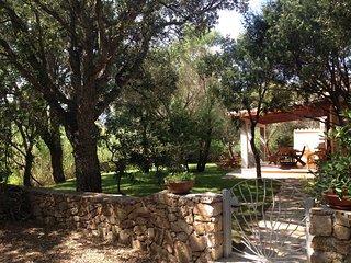 Casanuragheddu - San Teodoro: Villetta indipendente con grande giardino