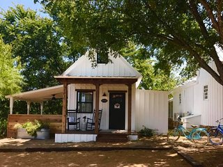 Mustard Seed B&B on the Llano- Perry's Cottage