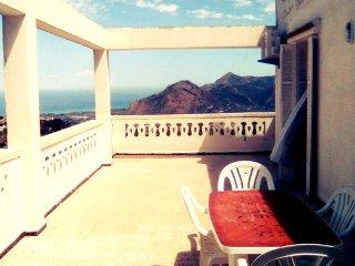 Superbe Appartement F2 Avec Vue Panoramique Sur Mer & Montagne