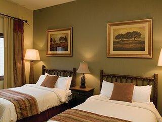 3 Bedroom Deluxe ~ Wyndham Glacier Canyon ~ Wisconsin Dells, WI