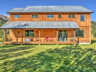 NEW! Elegant 3BR Crested Butte House w/ Mtn Views!