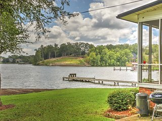 NEW! 2BR Greenwood Home w/ Dock on Saluda River!