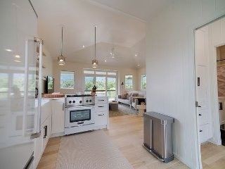 Modern Cottage in Hanalei, Just Steps to the Beach!