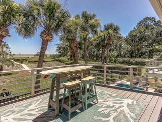 Direct Oceanfront Luxury with Pool ~ RA164062