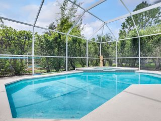 Gated Luxury Private Heated Pool & Spa Home in Beach Club