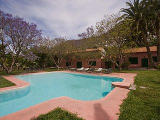 Large holiday cottage with private pool in Agaete