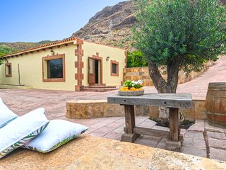 Holiday cottage in Santa Lucia
