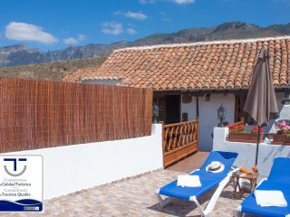 Holiday cottage in Santa Lucia town