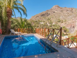 Holiday cottage with private pool in San Bartolome