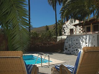Holiday cottage with private pool in Santa Lucia