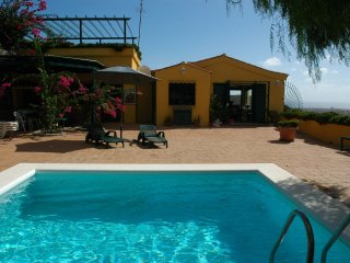Holiday cottage with private pool in Telde