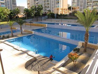 Azaleas: Apartment in a Community next to San Juan Beach