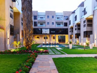 The Courtyard at Vanga Road, No.11