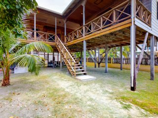 Breezy studio suite with huge covered deck, free WiFi, & great location