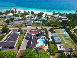 SHORT WALK TO BEACH! STAFFED! POOL! GATED! Windjammer, Silver Sands 4BR