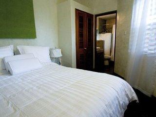 Near Negril's FAMOUS 7 Mile Stretch Beach!Villa Sur Mer-Negril- 1 Bedroom