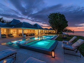 Luxury Beach Resort! Gym! Tennis! Golf! Fully Staffed! Sunset