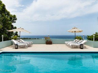 FULLY STAFFED! POOL! BUTLER! CHEF! BEACH CLUB! SEAVIEWS! Serendipity, 5BR