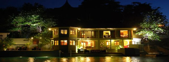 ABSOLUTE WATERFRONT LUXURY! BUTLER! CHEF! JACUZZI! Sea Star, Port Antonio 5BR