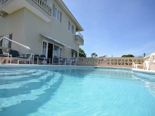 Affordable! Great staff! pool! Montego Bay! Island Breeze