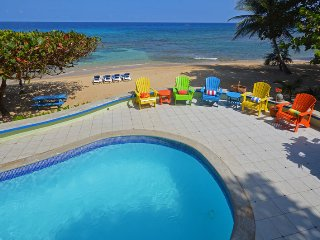 Affordable!  Beachfront! Pool! Cook and Housekeeping daily! Kayaks!Idle Hours