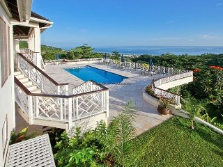 LUXURY! CHEF! POOL! GOLF! TENNIS! BEACH CLUB! Haystack, Tryall, Montego Bay 6BR