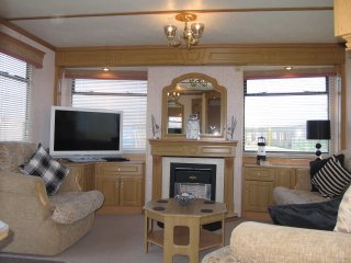 Pet Friendly 3 bed Static Caravan for Hire Mablethorpe Chalet & Caravan Park