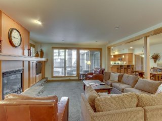 Dog-friendly home by village w/ private hot tub & SHARC passes on bike path!