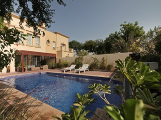 Deluxe 4 Bedroom Villa | Private Swimming Pool |