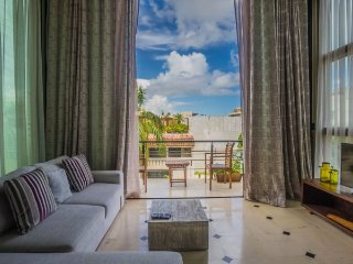 Stunning views from a contemporary Penthouse in Playa del Carmen