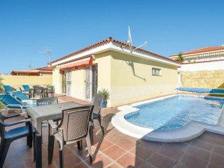 Beautiful 2 Bedroom Villa. Private Heated Pool. Popular Location. |SUN6833088