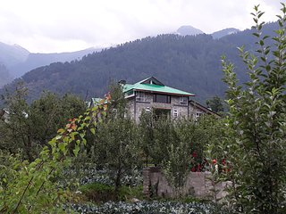 Manali Home : A vacation home for family leisure