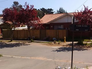 Spacious 3 Bedroom Vacation Home in Algarrobo, Chile