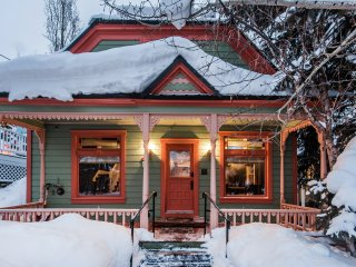 Old Town Retreat + Concierge Services