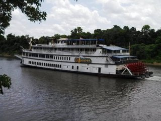 Cumberland River Luxury Remodel Show Boats & Amazing Location! Great Amenities!